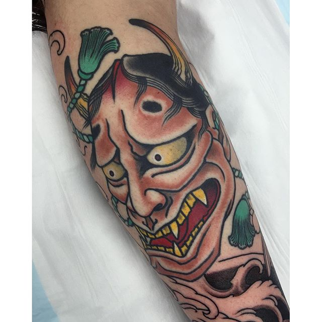 Healed hannya I did this tattoo a year ago and got to see it again when we started filling up the rest of the leg. FOR BOOKINGS... w: lighthousetattoo.com.au e: contact@lighthousetattoo.com.au ph: (+61 2) 9316 4565