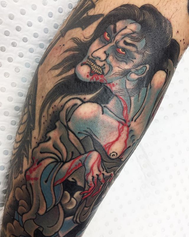 Outer view on this yūrei wrapping around the shin @lighthouse_tattoo  FOR BOOKINGS w: lighthousetattoo.com.au : contact@lighthousetattoo.com.au ️: (+61 2) 9316 4565