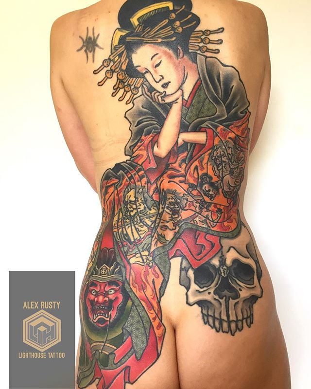 "Really happy with this healed ""Jigoku Dayū"" piece from a couple of years ago. Combining boldness and softness. •••Jigoku Dayū••• Originally of noble birth, Otoboshi was sold into brothels at a young age after her family was killed. Eventually she became a renowned and high ranking courtesan (or dayū). Convinced that her station in life was a punishment for the sins of a past life, she changed her name to Jigoku (Hell) and had images of hell embroidered onto her uchikake (outer kimono) as a form of penance. The main features of her story involve the arrival of the traveling zen monk, Ikkyū, who gives the woman an education and encourages her to meditate daily, which she does. Interestingly, despite remaining a courtesan throughout her life, she is said to have achieved enlightenment upon her death through her practice and life perspective. Jigoku Dayū is often depicted meditating, contemplating the impermanence of life."