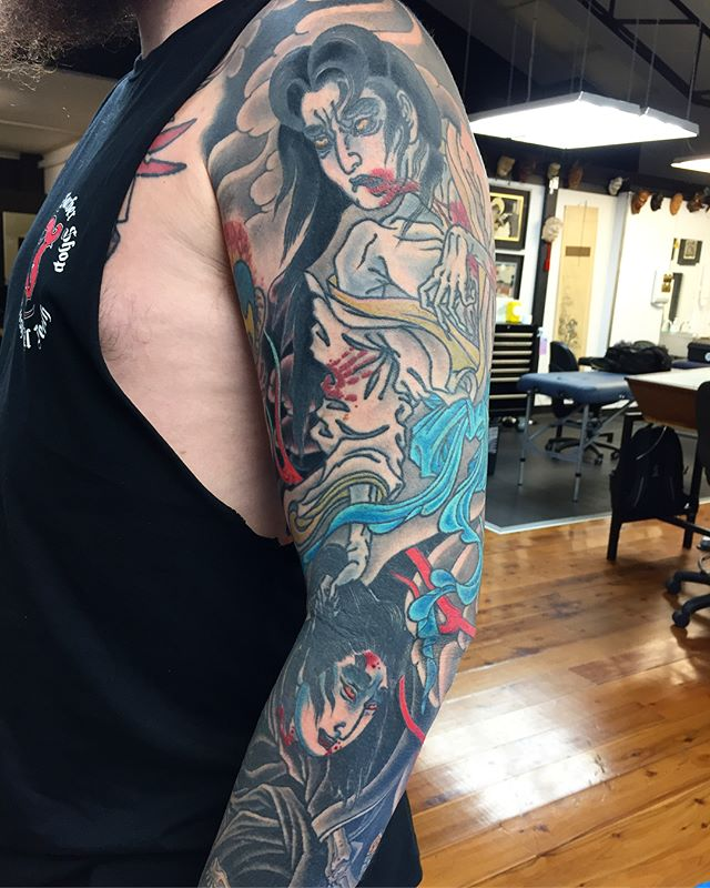 Finished yūrei sleeve. Big gaps between session made this one a long a time in the making. But, hour for hour, this was quite an efficient piece. Cheers for seeing it through @sigh_13 . Onto the next piece.  FOR BOOKINGS w: lighthousetattoo.com.au : contact@lighthousetattoo.com.au ️: (+61 2) 9316 4565 @lighthouse_tattoo