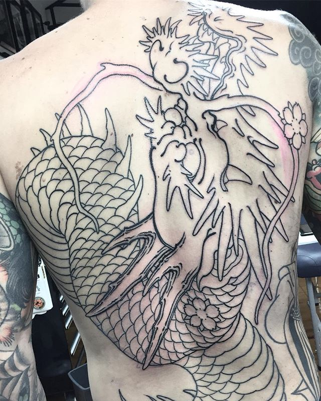 Oversized tradition Japanese dragon off to a good start. FOR BOOKINGS w: lighthousetattoo.com.au : contact@lighthousetattoo.com.au ️: (+61 2) 9316 4565 @lighthouse_tattoo